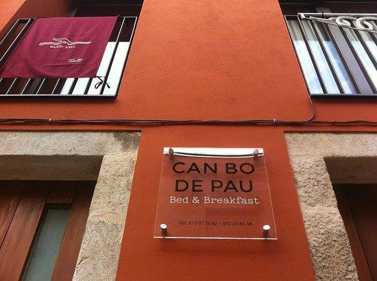Can BO de Pau : Fachada del hotel