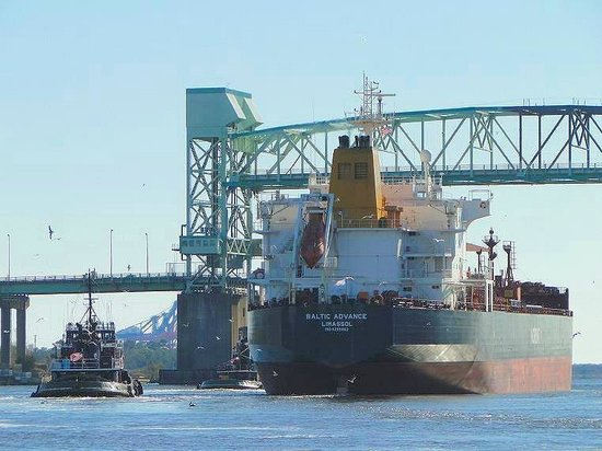 Riverwalk: watch tankers being guided by tug boats