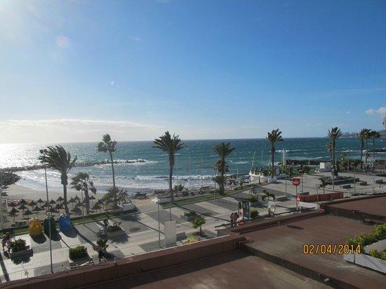 Palm Beach Tenerife: utsikt från balkon 607.