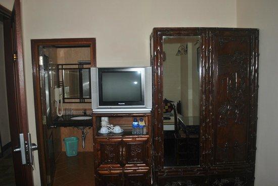 Hong Ngoc Hotel : room