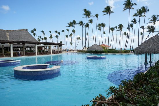 Paradisus Palma Real Golf & Spa Resort: Pool was always clean and refreshing