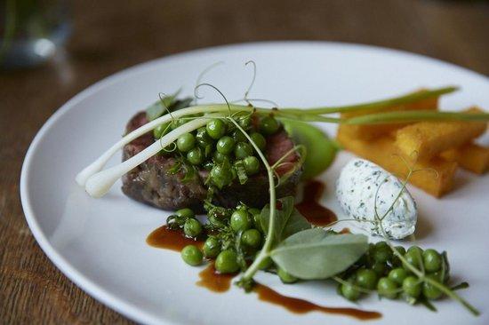 The Felin Fach Griffin Restaurant: 'Steak & Chips'