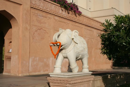 The Oberoi Amarvilas : Entrance