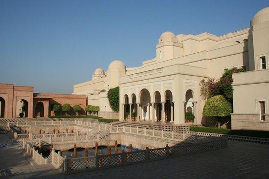 The Oberoi Amarvilas: Main resort building