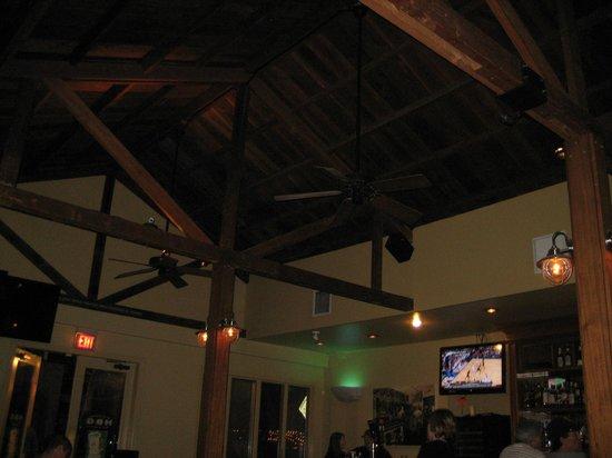 Healdsburg Bar & Grill: rustic