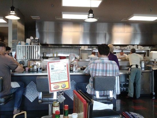 Debby's Diner: Diners can see the Chefs working