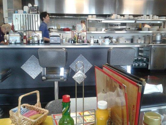 Debby's Diner : Food Station