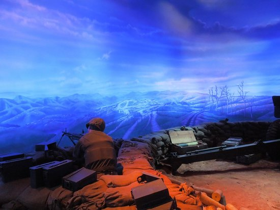 National Museum of the Marine Corps: Korean war display