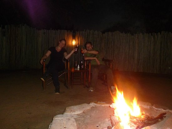 Machampane Wilderness Camp: braai/ kampvuur
