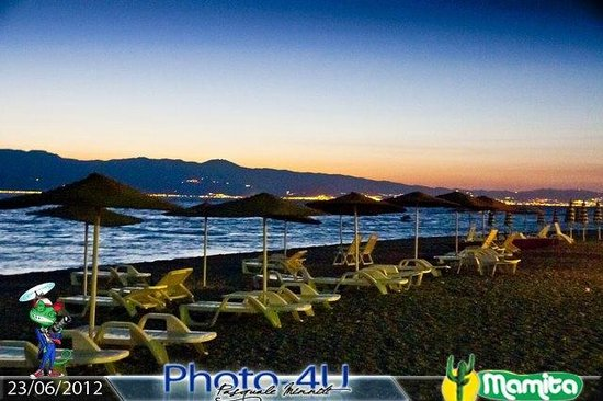 Lido Mamita Seaside Cafe 'de Playa