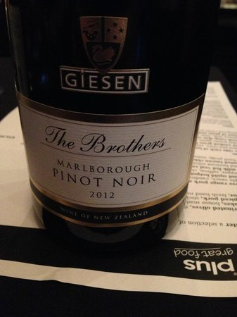 Pinot Plus: Giesen pinot noir