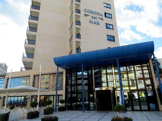 Hotel RH Corona del Mar: Entrada principal.