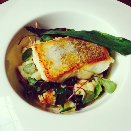 The Townhouse Restaurant: Hake Main