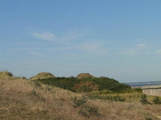 Fort Fisher State Historic Site: earthen fort