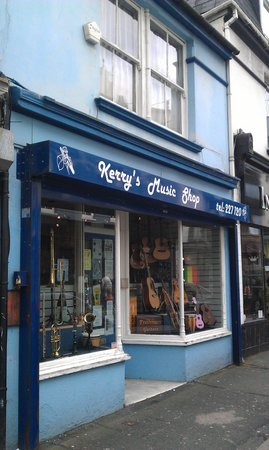 ‪Kerry's Music Shop‬