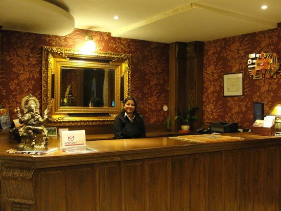 Hotel Mount View & Spa: The Smiling Receptionist