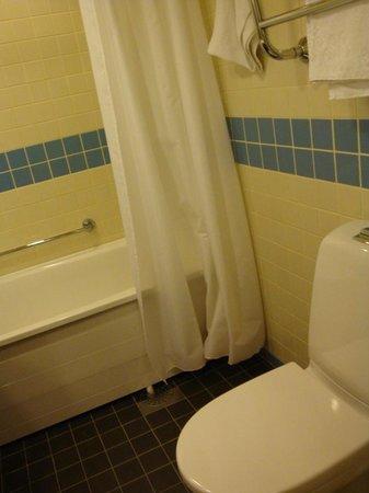 Scandic Grand Marina: Ванная комната