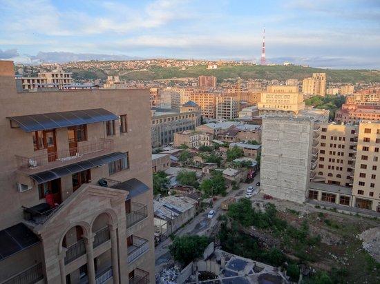 14th Floor Hotel : Aussicht von der Terrasse (Nachmittag)