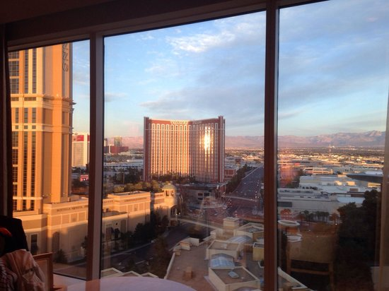 Wynn Las Vegas: View from 19th floor