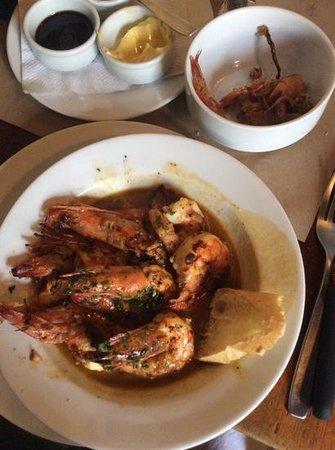 Hector´s Bistro: gamberi in salsa