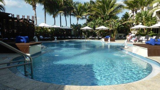 Vero Beach Hotel & Spa - A Kimpton Hotel: Pool Area