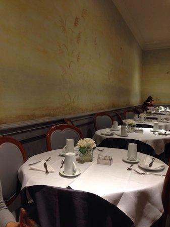 Hotel Alpi: Sala do café da manhã