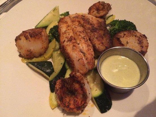 Joe Theismann's Restaurant: Seafood Platter