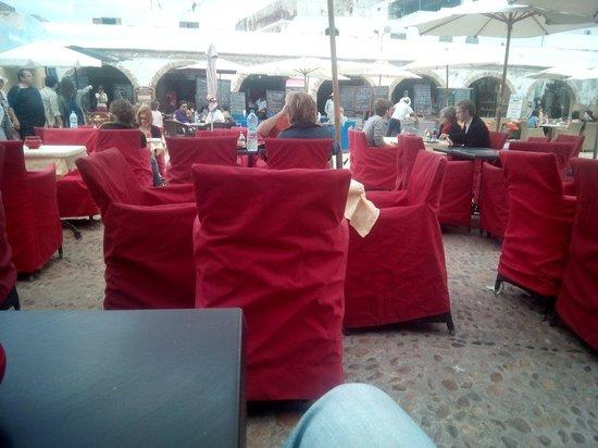 Safran : Very good food! Very nice people....