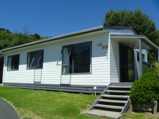 Bowentown Beach Holiday Park: Chalet No 18 at Bowentown