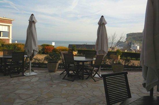 Hotel Dormy House : Blick über die Terrasse