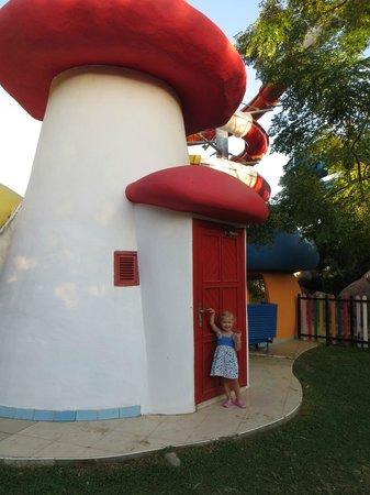 Belconti Resort Hotel: Детский клуб