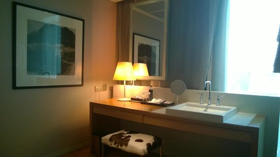 Maduzi Hotel : bathroom