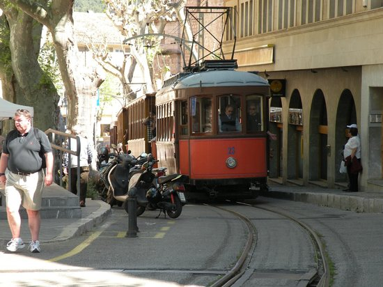 Port de Soller, Spain: The tram in Soller