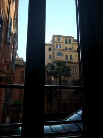 Hotel Ponte Sisto : view from room 107