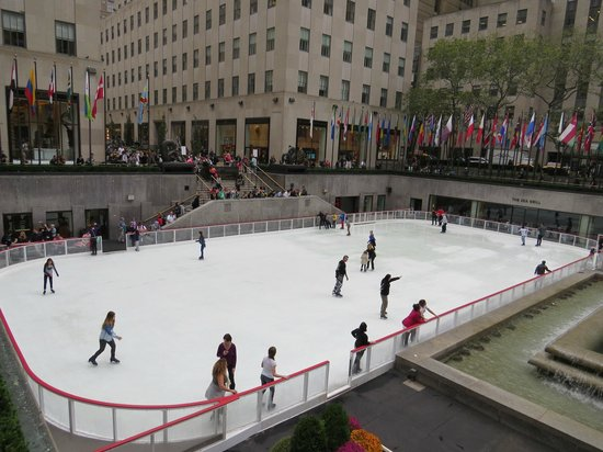 The Rink at Rockefeller Center : Pista de Hielo