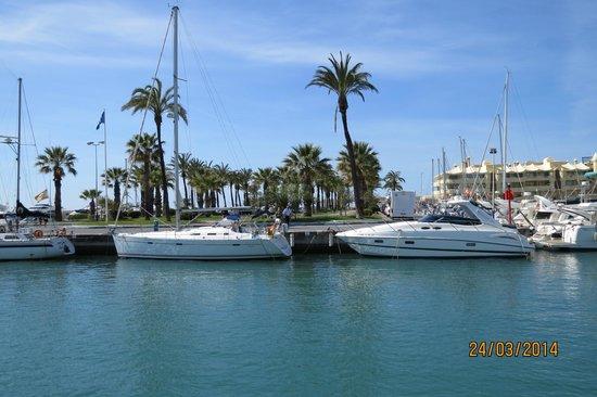 Benalmadena Puerto Marina : Marina view
