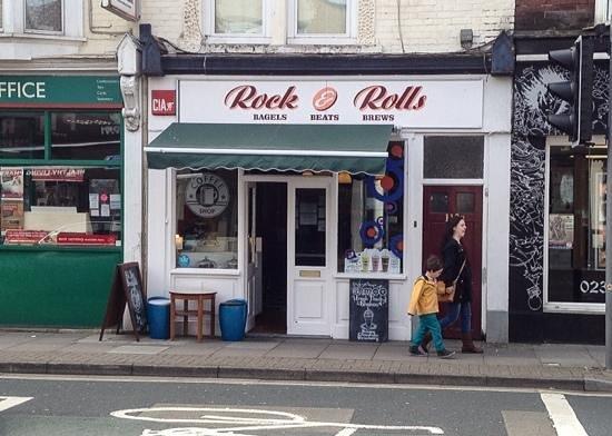 Rock & rolls: Across the Road