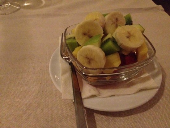 Bloody Mary Restaurant : Fruit salad
