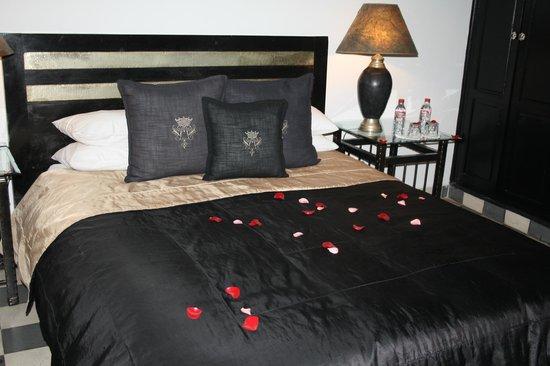 Riad Elizabeth: Bedroom Olivia