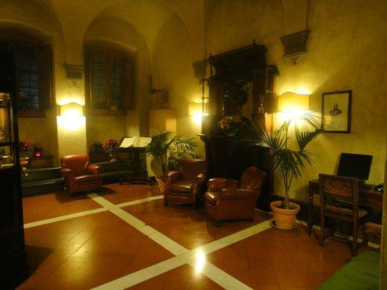 Hotel Loggiato dei Serviti: Hotel Reception Room