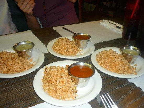 Amigo Cafe : riz et sauce pour les tacos