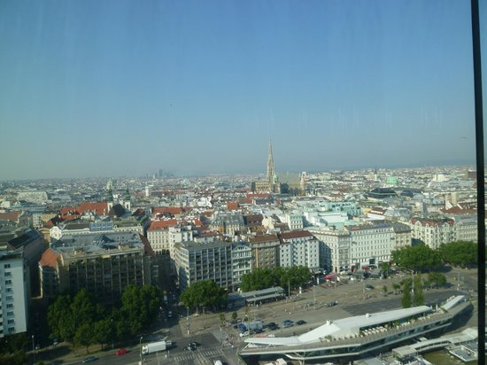Sofitel Vienna Stephansdom: レストランからの眺め