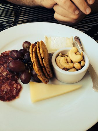 Embrace Calistoga: Cheese Plate = Excellent!