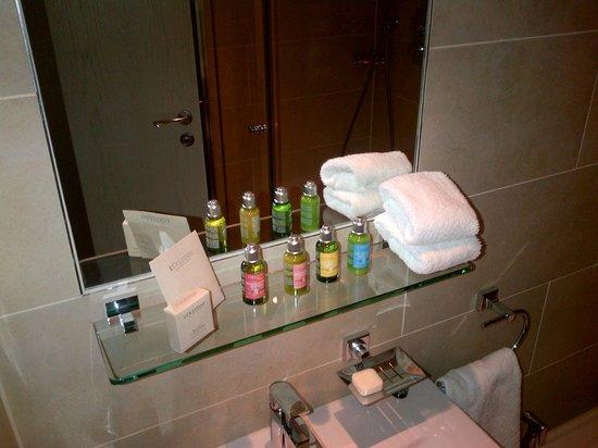 Hotel Xenia Autograph Collection: set bagno di qualità