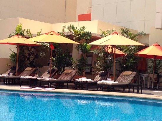 Dusit D2 Chiang Mai: Pool a bit small but good