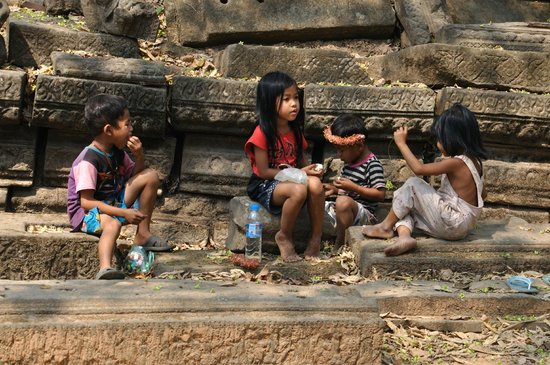 Beng Mealea: Some local tour guides