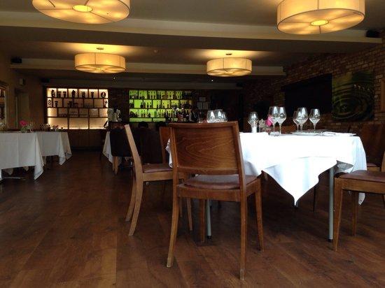 Great Hallingbury Manor: Tea room / restaurant