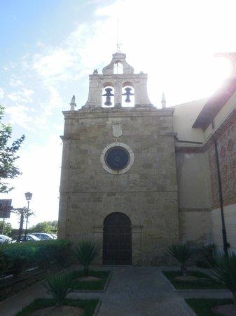 El Ermitaño: por fuera