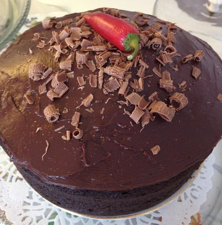 Mad Hatters Tea Shop: Chocolate and chilli cake