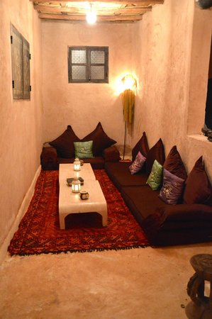 Dar Kamar : Seating Area